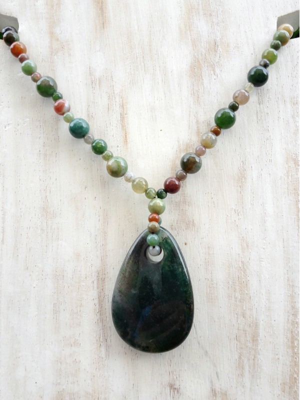Foam agate necklace