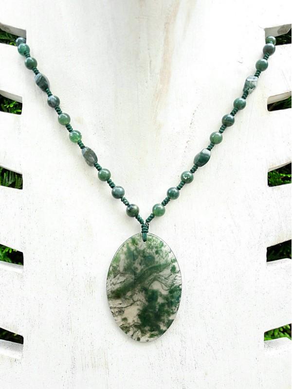 Collier pendentif en agate mousse ovale