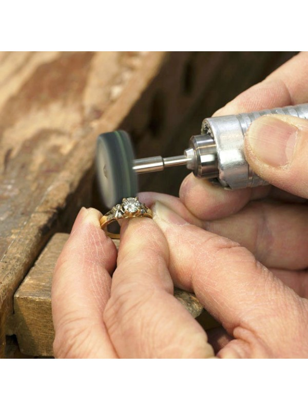 Ajustement et rénovation de bijoux